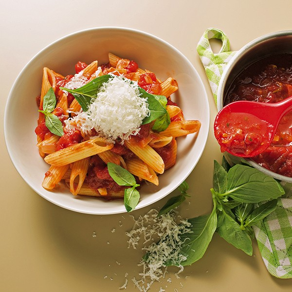 15958-penne-in-tomatensauce